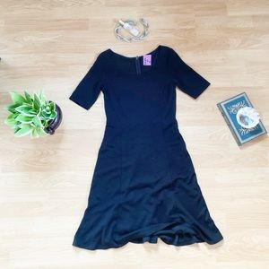 Lovely Ann Taylor work dress